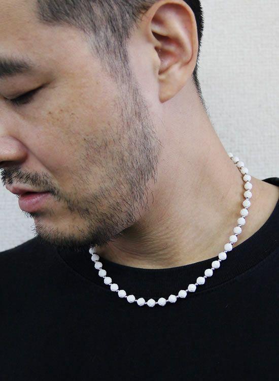コランコランFORCE2(フォースツー)ネックレス 着用イメージ ホワイト